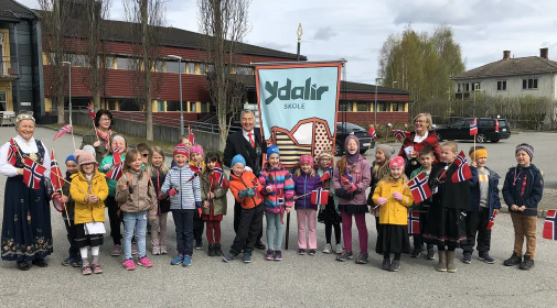 Ydalir school kids. Photo by Elverum municipality